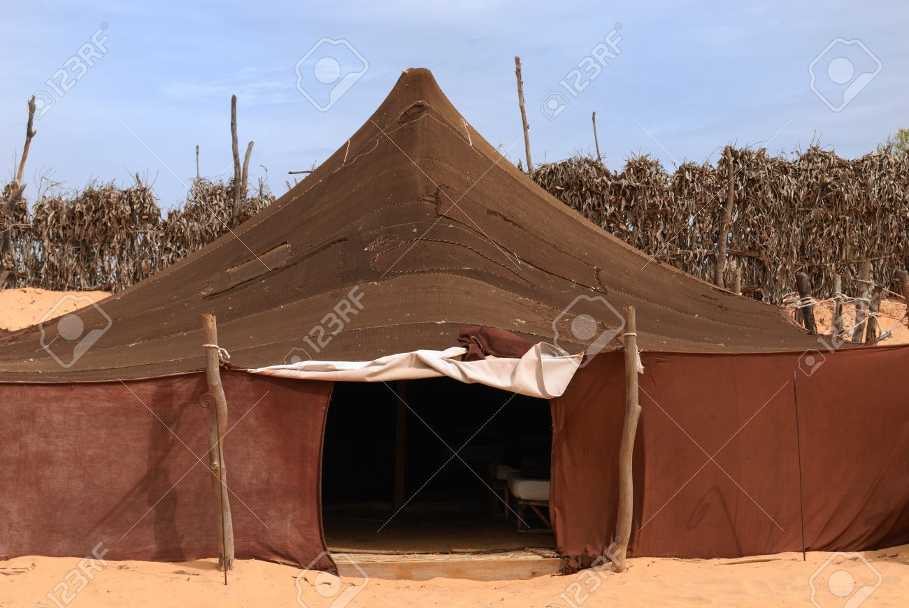 Bedouin tent in Sahara Desert Africa Stock Photo - 9728409 & Bedouin Tent In Sahara Desert Africa Stock Photo Picture And ...