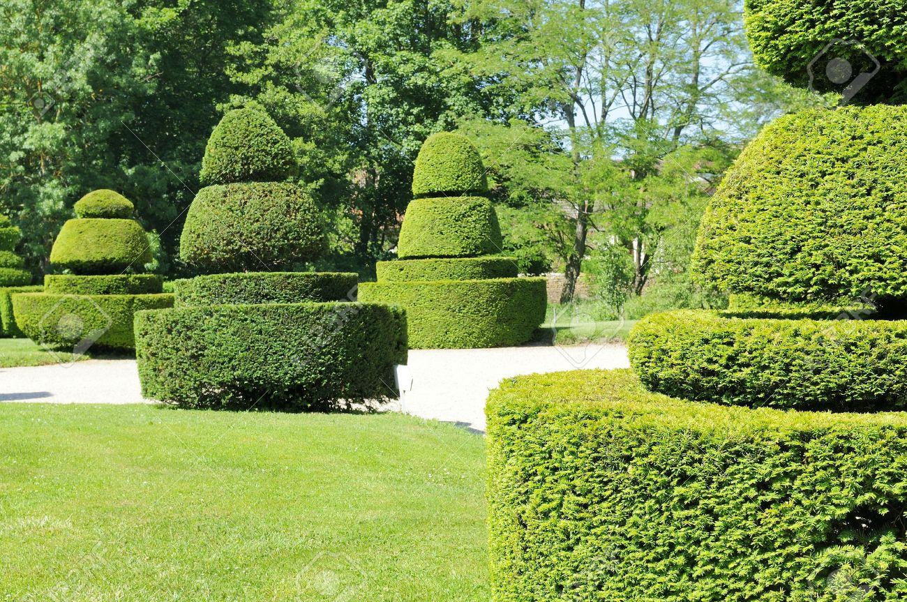 Bon Nice Garden Stock Photo   9860403