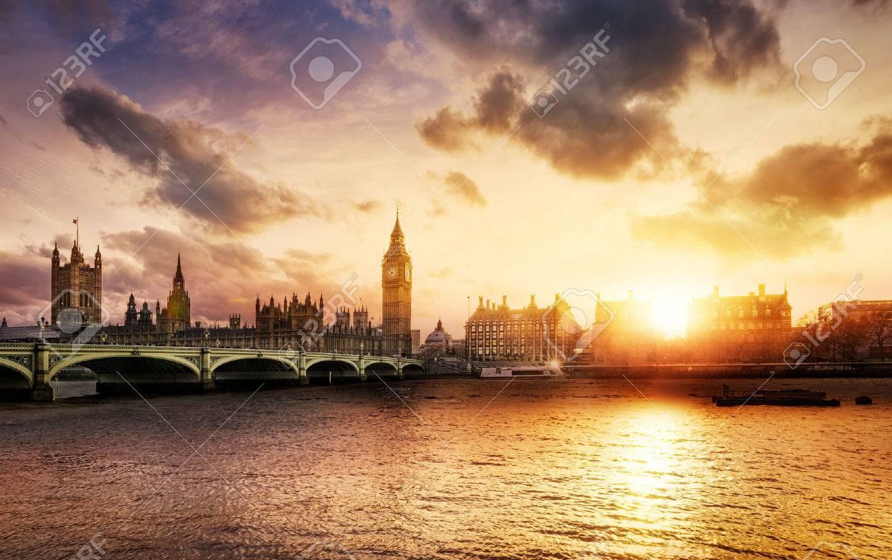 Big Ben and Westminster Bridge at dusk, London, UK - 42103593