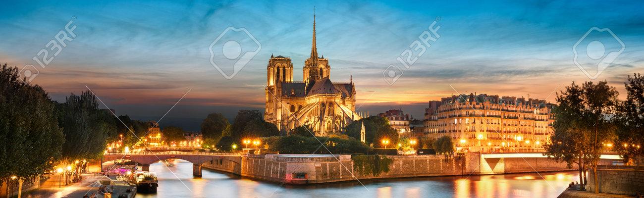 Ile de la Cite and Notre Dame at sunset, Paris, France - 133490638