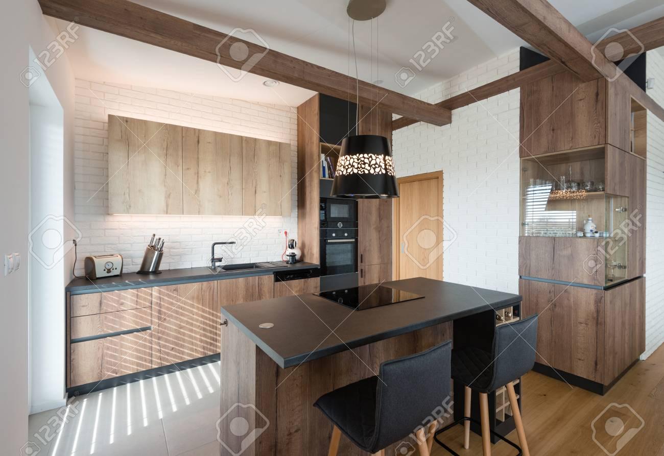 Zeitgenössische Küche Interieur Lizenzfreie Fotos, Bilder Und Stock ...