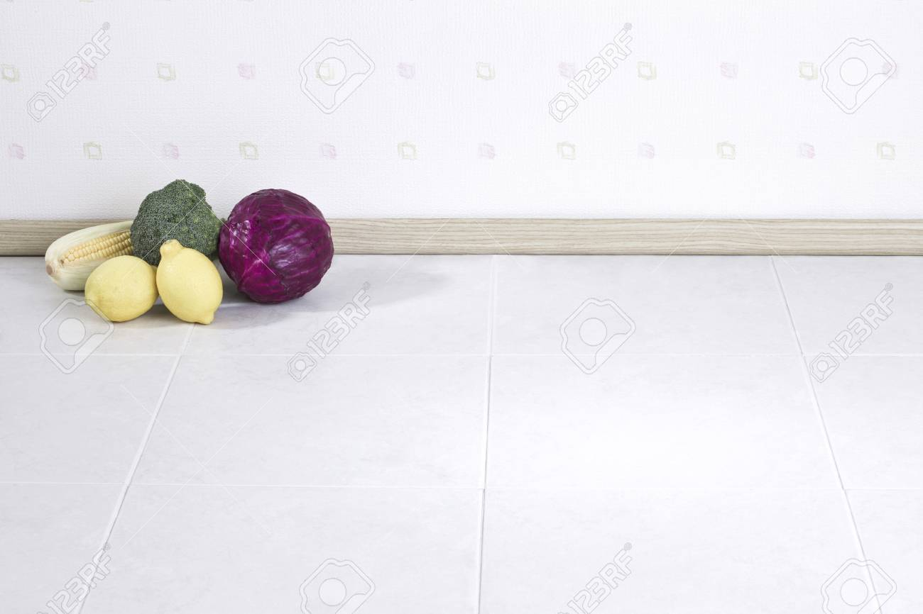 Empty space background with vegetables Stock Photo - 16742132