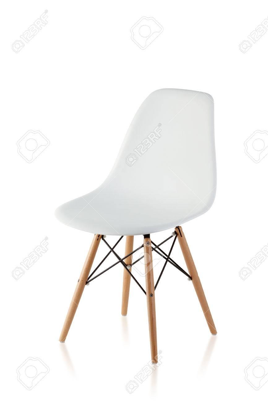 Jambes Blanc Sur Isolé Moderne En Avec Bois Chaise Des Fond Pnw0Ok