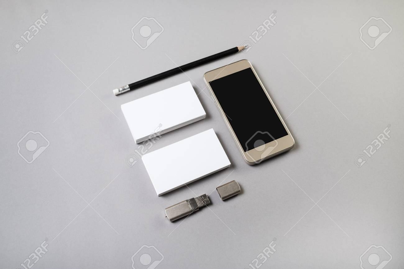 Photo De Smartphone Avec Cran Blanc Cartes Visite Crayon Et