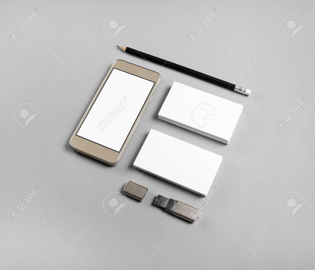 Cartes De Visite Vierges Crayon Lecteur Flash USB Et Smartphone