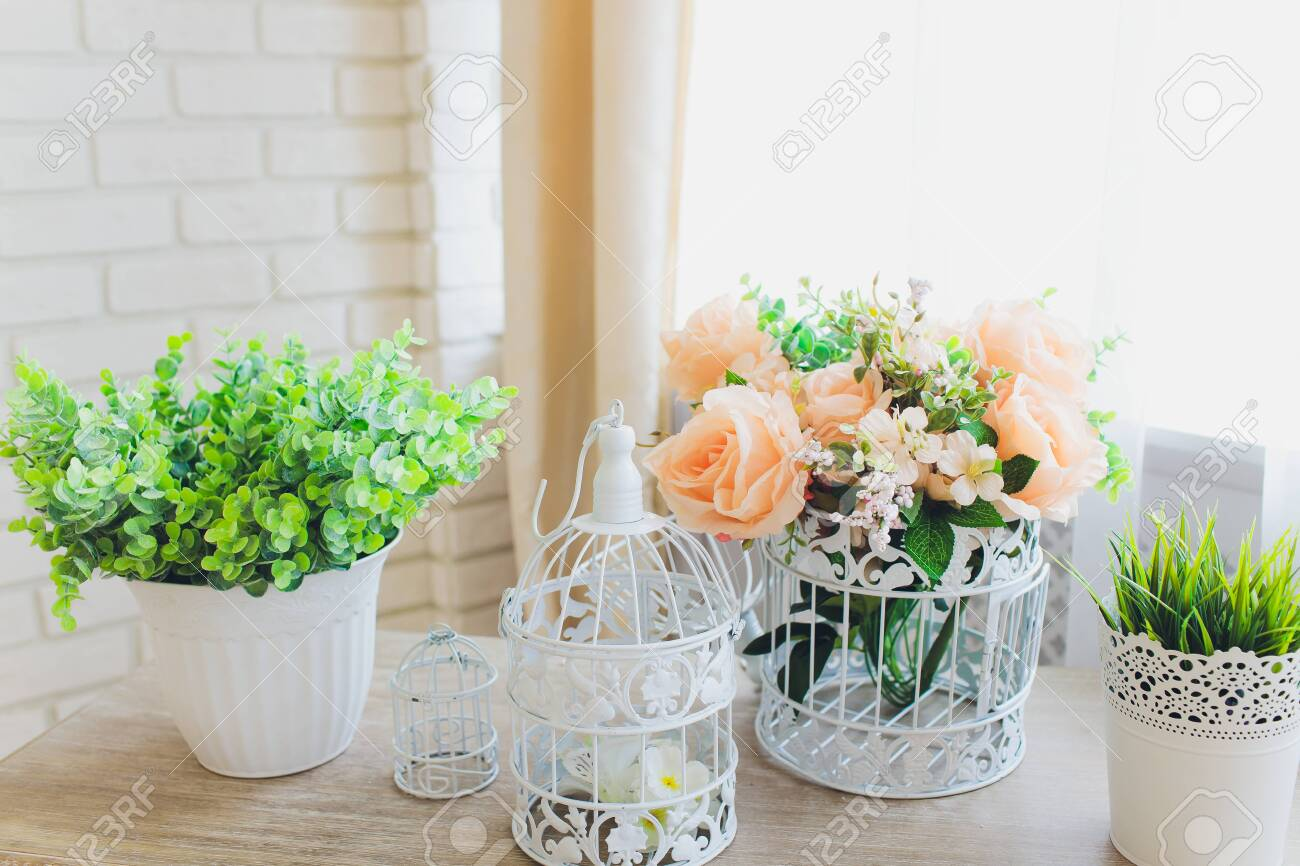 Plastic Floral Bouquet of Different Flowers artificial. - 131293096