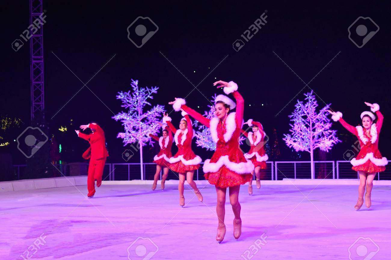 Christmas On Ice.Orlando Florida November 17 2018 Vintage Style Hostesses