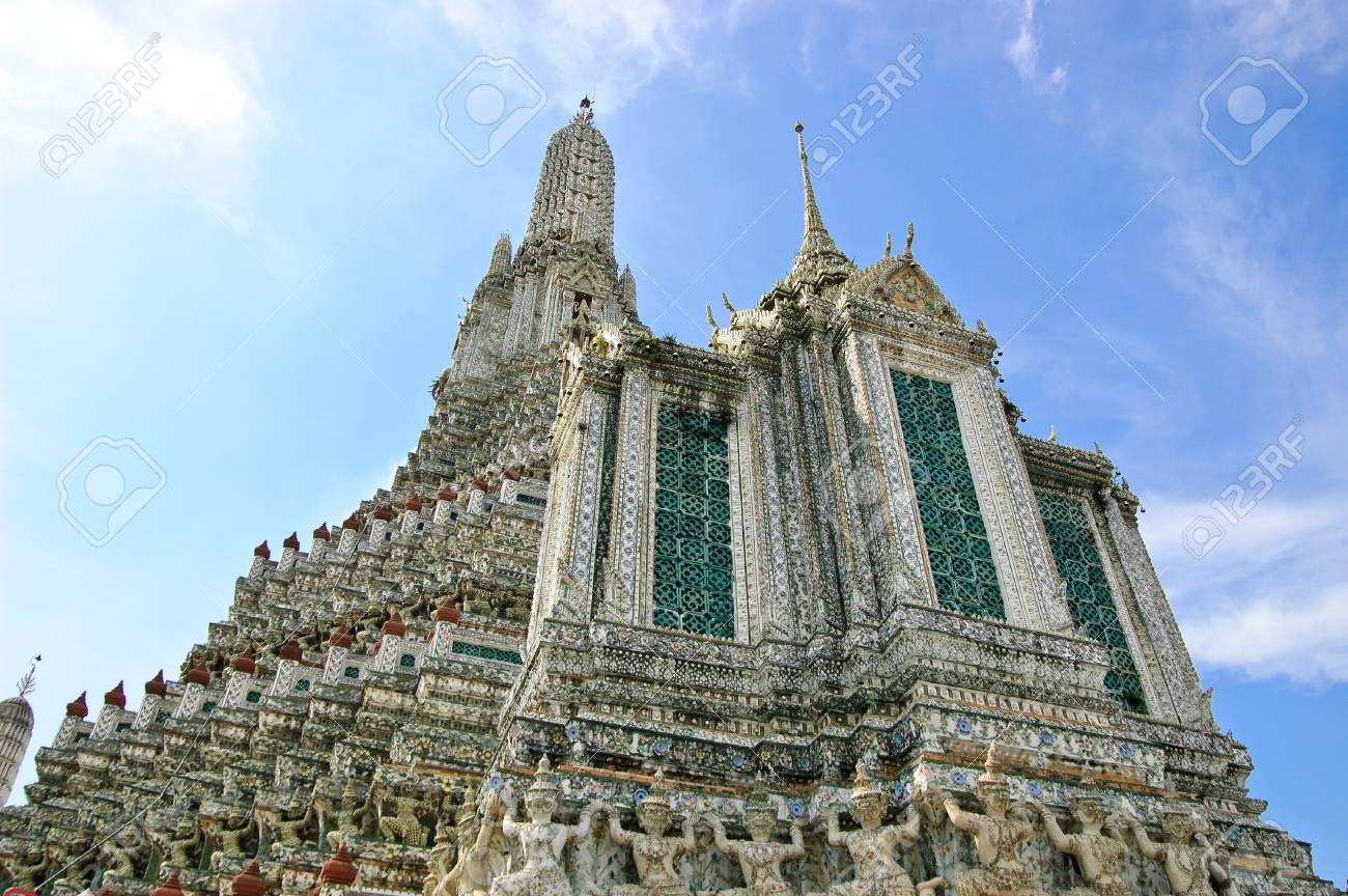 The stupa of Temple of Dawn, Thailand. Stock Photo - 7300846
