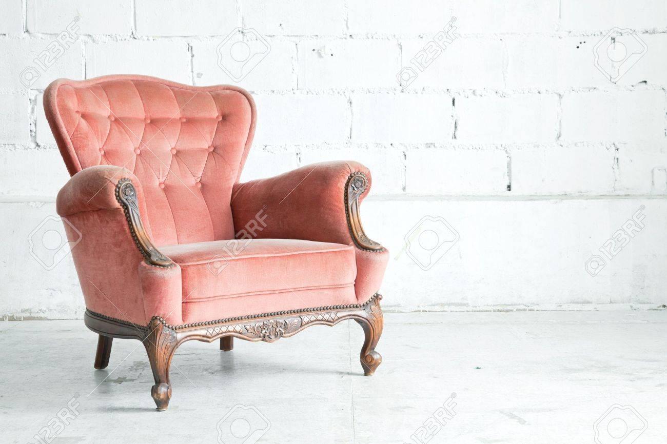 banque dimages rose canap classique canap de style fauteuil dans la chambre millsime - Fauteuil Chambre