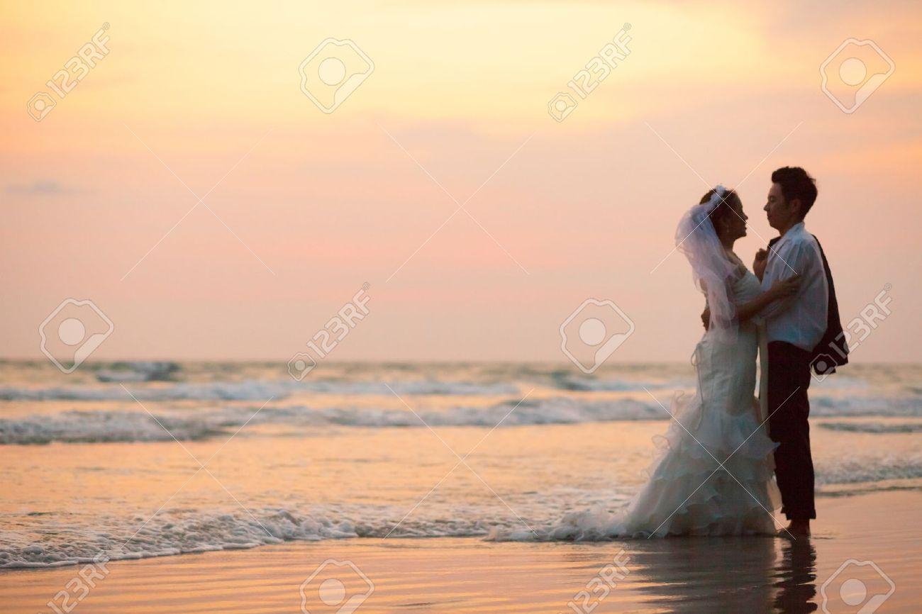 Gluck Und Romantische Szene Der Liebe Paare Partner Hochzeit Am