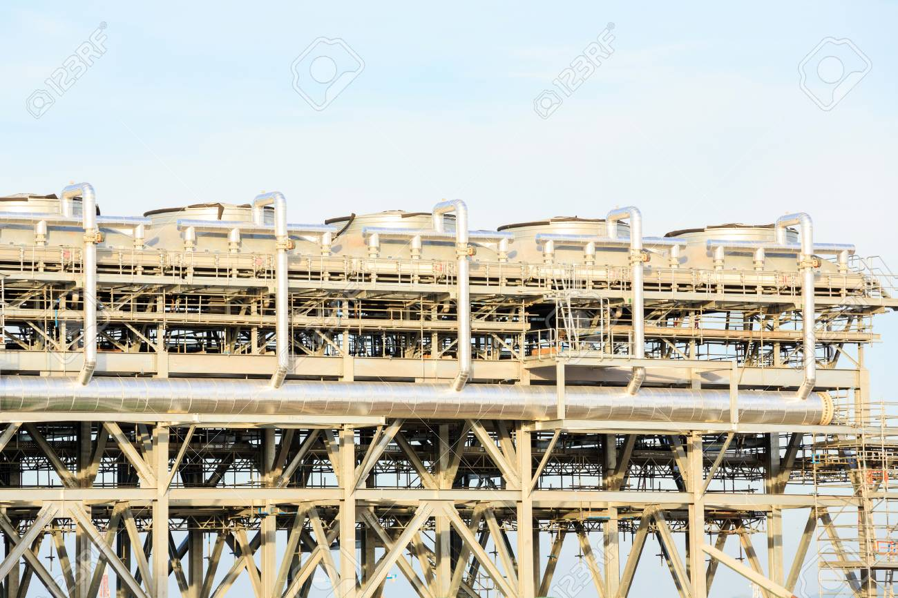 Assembling of liquefied natural gas Refinery Factory with LNG storage tank usinf for Oil and gas industry background Stock Photo - 19795910