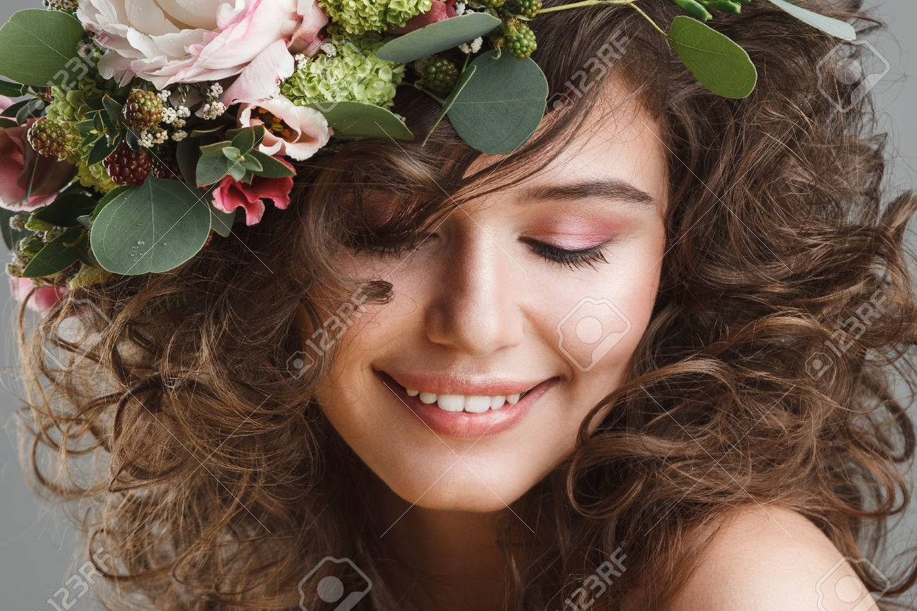 Stubio beauty portrait of cute young girl with flower crown stock stock photo stubio beauty portrait of cute young girl with flower crown izmirmasajfo Gallery