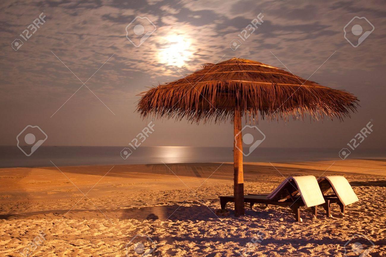 beach scene images u0026 stock pictures royalty free beach scene