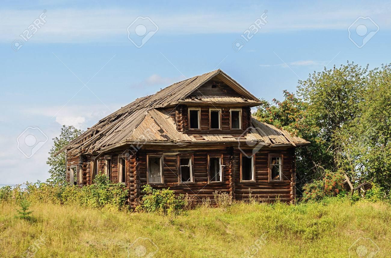Bezaubernd Russisches Holzhaus Ideen Von Alte Zerstört Log Im Russischen Dorf, Vologda