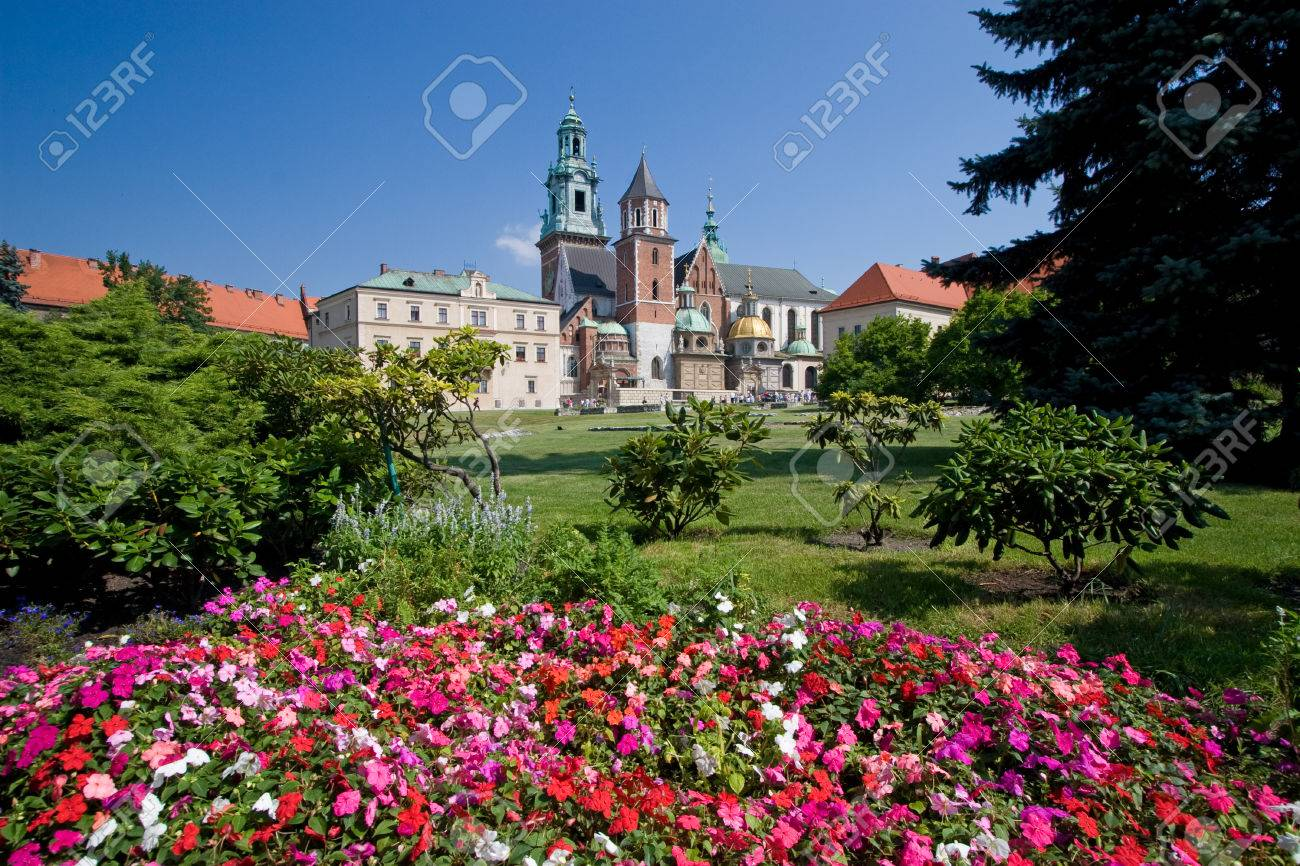 Beautiful summer view of medieval wawel castle in Cracow, Poland - 1414850
