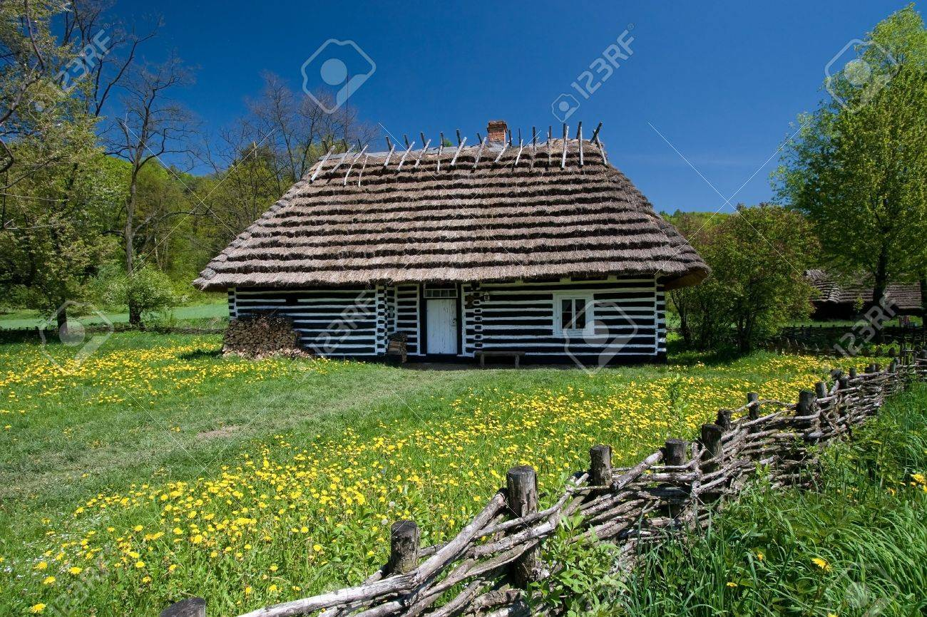 Very old house from Poland with thatched roof. Beautiful spring day. Stock Photo - 3010591