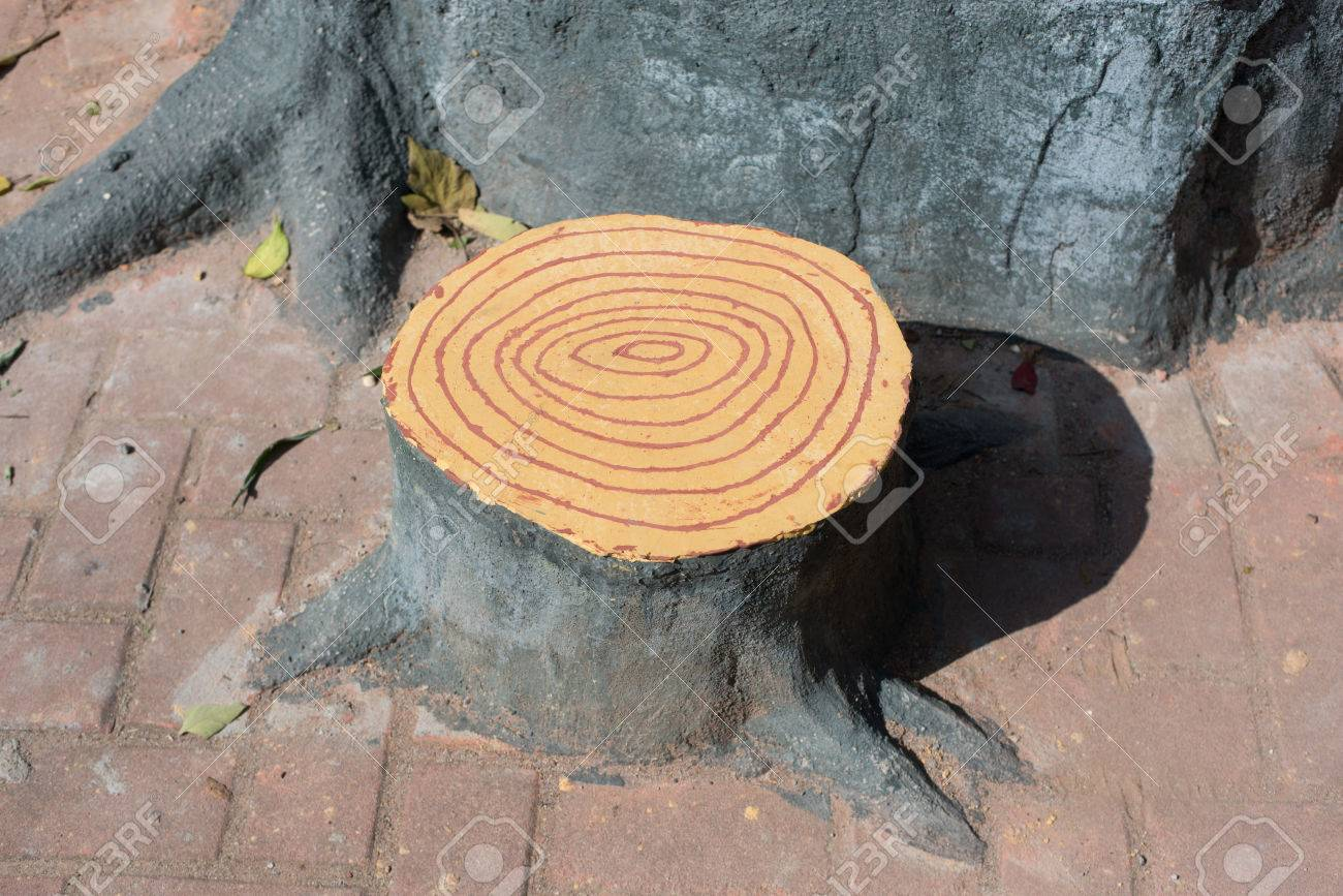 Artificial Tree Stump Chair Stock Photo   35344544