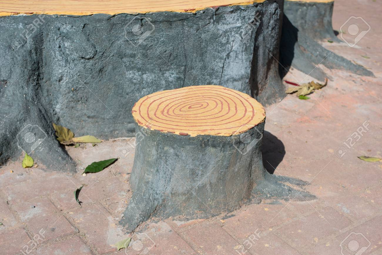 Artificial Tree Stump Chair Stock Photo   35344546