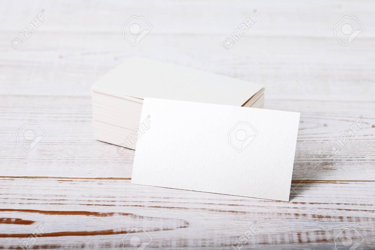 Carte De Visite Paisse Papier Coton Blanc Mock Up Sur Le Pont