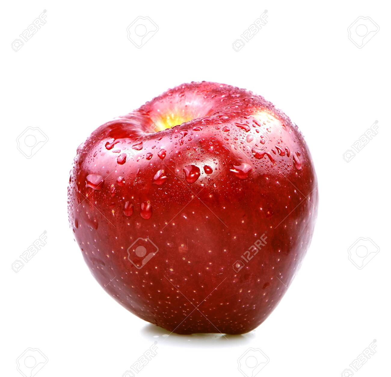 Red apple - 147424763