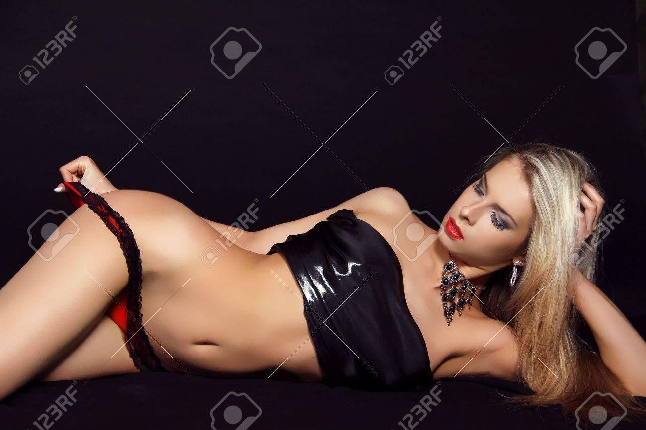 Female domination of submissive men slaves stories