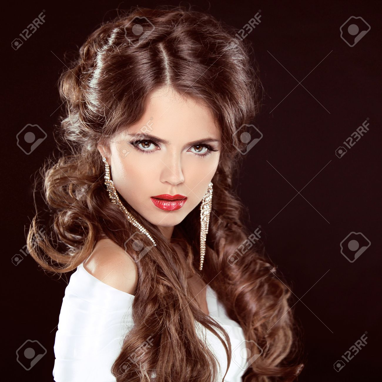 Long Hair Styling Fascinating Hairstylebeautiful Girl Portraitbeauty Woman With Brown Curly .