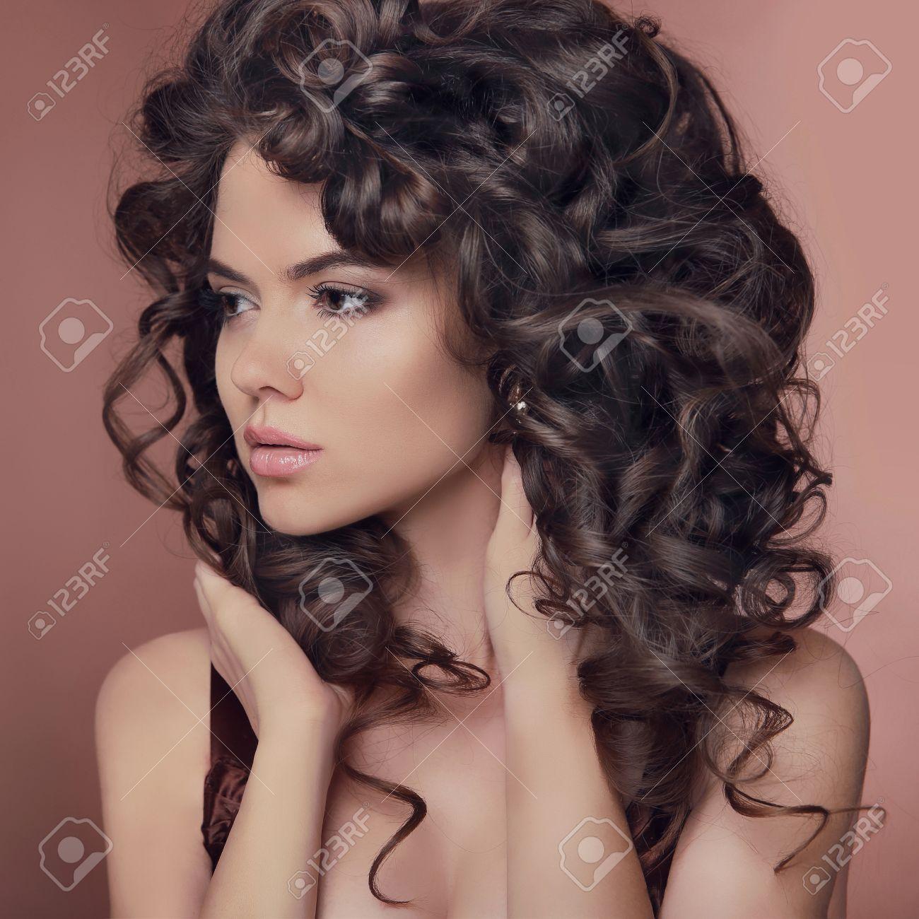 Hübsche Mädchen Braune Haare Hübsche Frisuren Für Lange