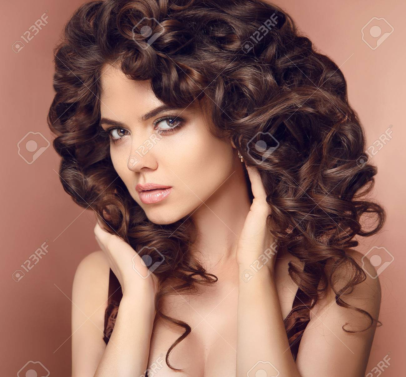 Healthy Hair Makeup Beautiful Brunette Girl Model With Long