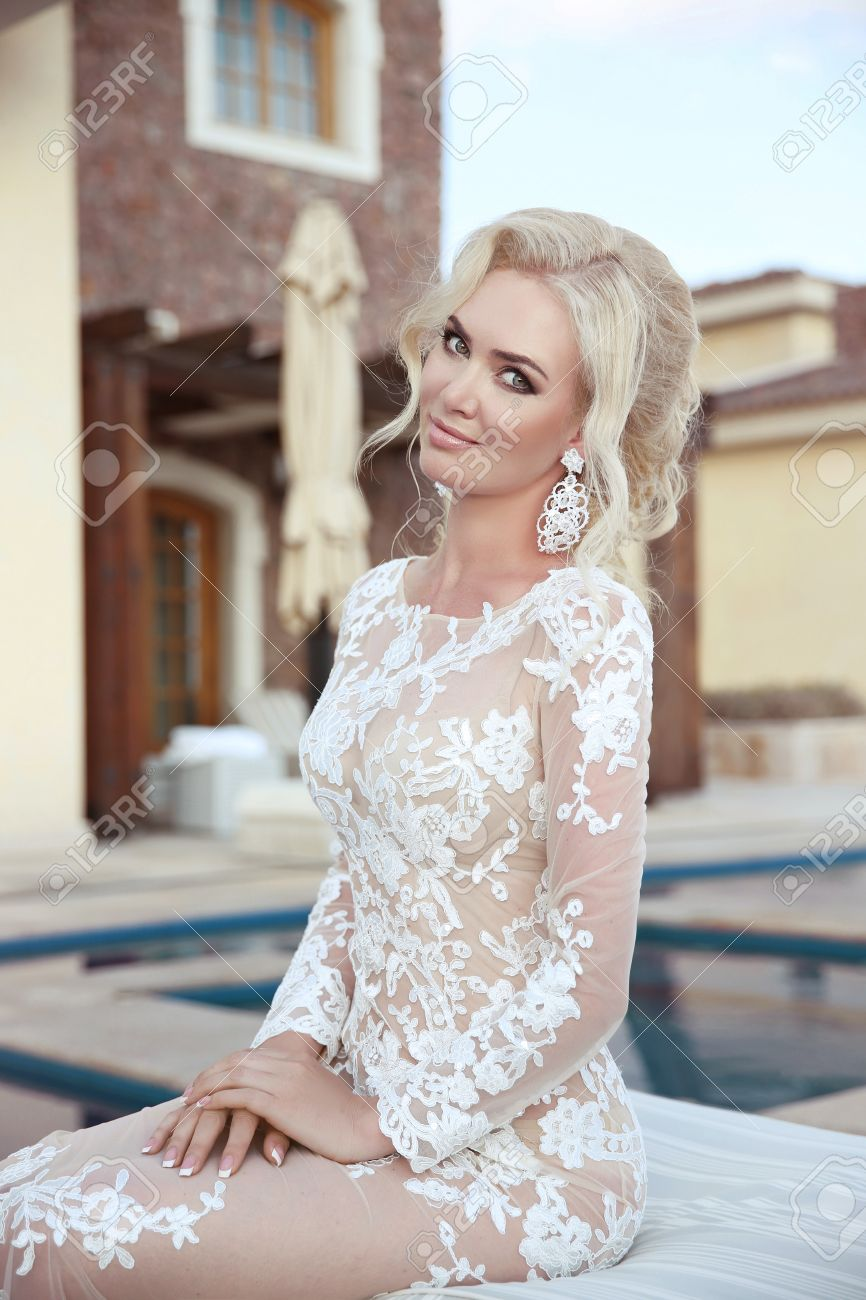 Wedding Portrait Of Blond Bride Woman With Makeup, Bridal Jewelry ...