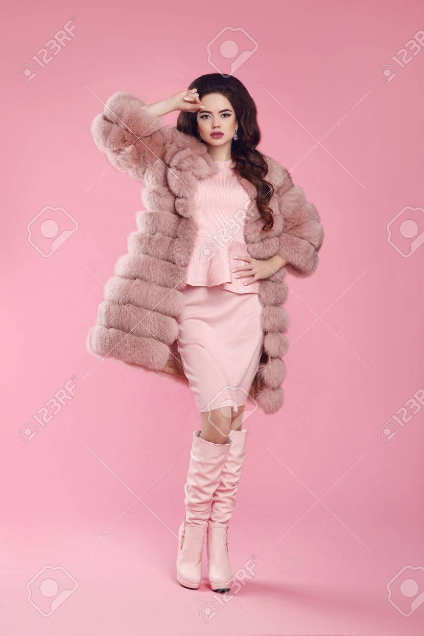 Bonito Vestido De La Dama Elegante Lamentable Festooning - Colección ...