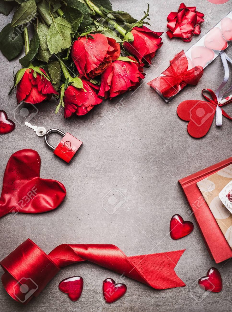 Fondo Del Dia De San Valentin Con Simbolos De Amor Decoracion Roja - Decoracion-san-valentin