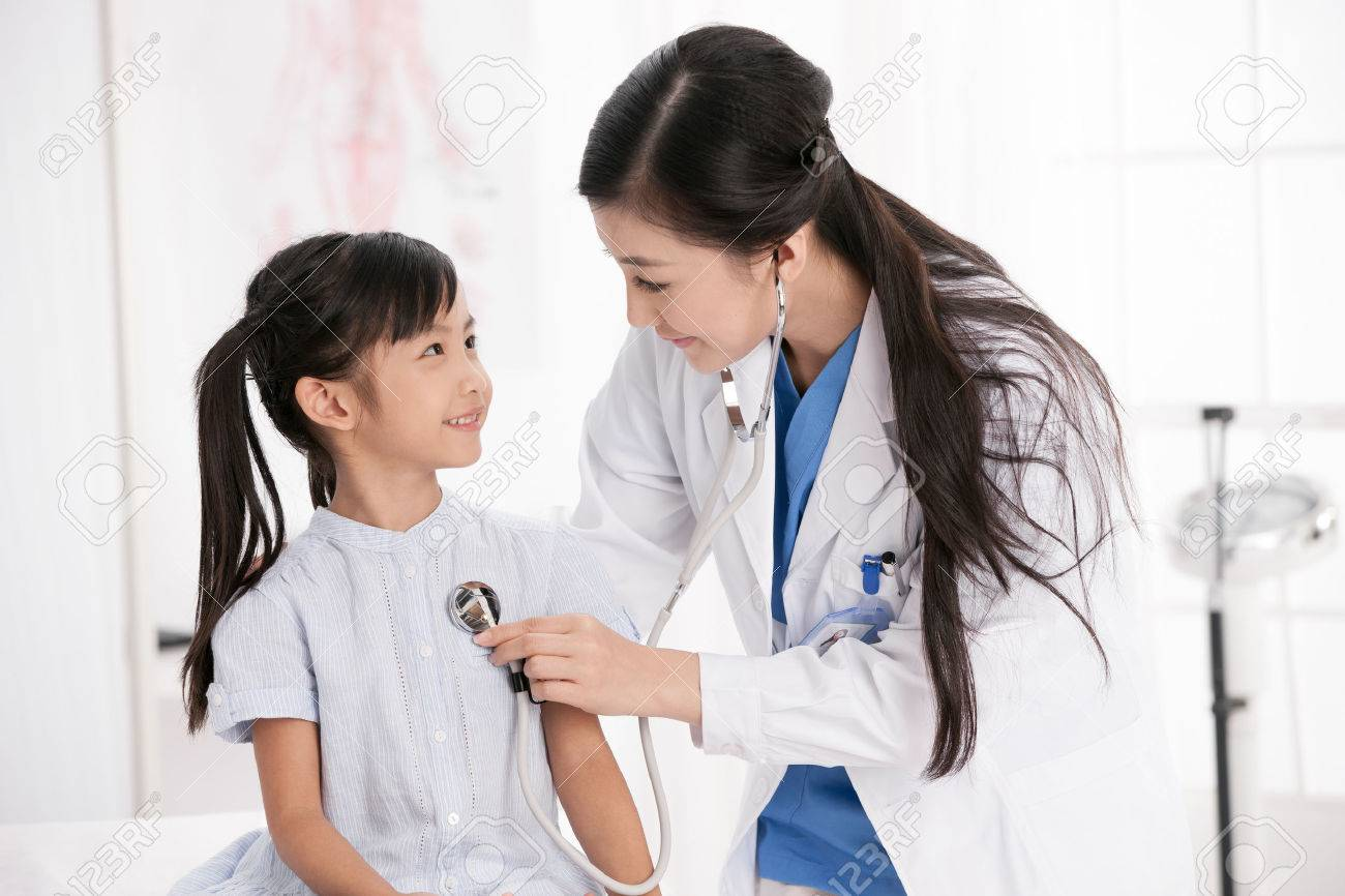 doctor and patient Stock Photo - 30132392