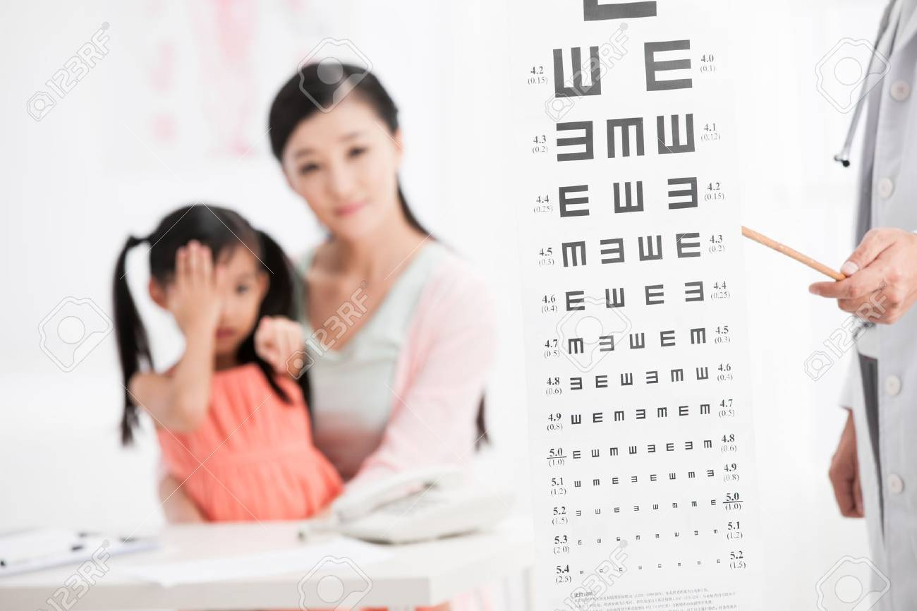 doctor and girl with her mother Stock Photo - 30132404