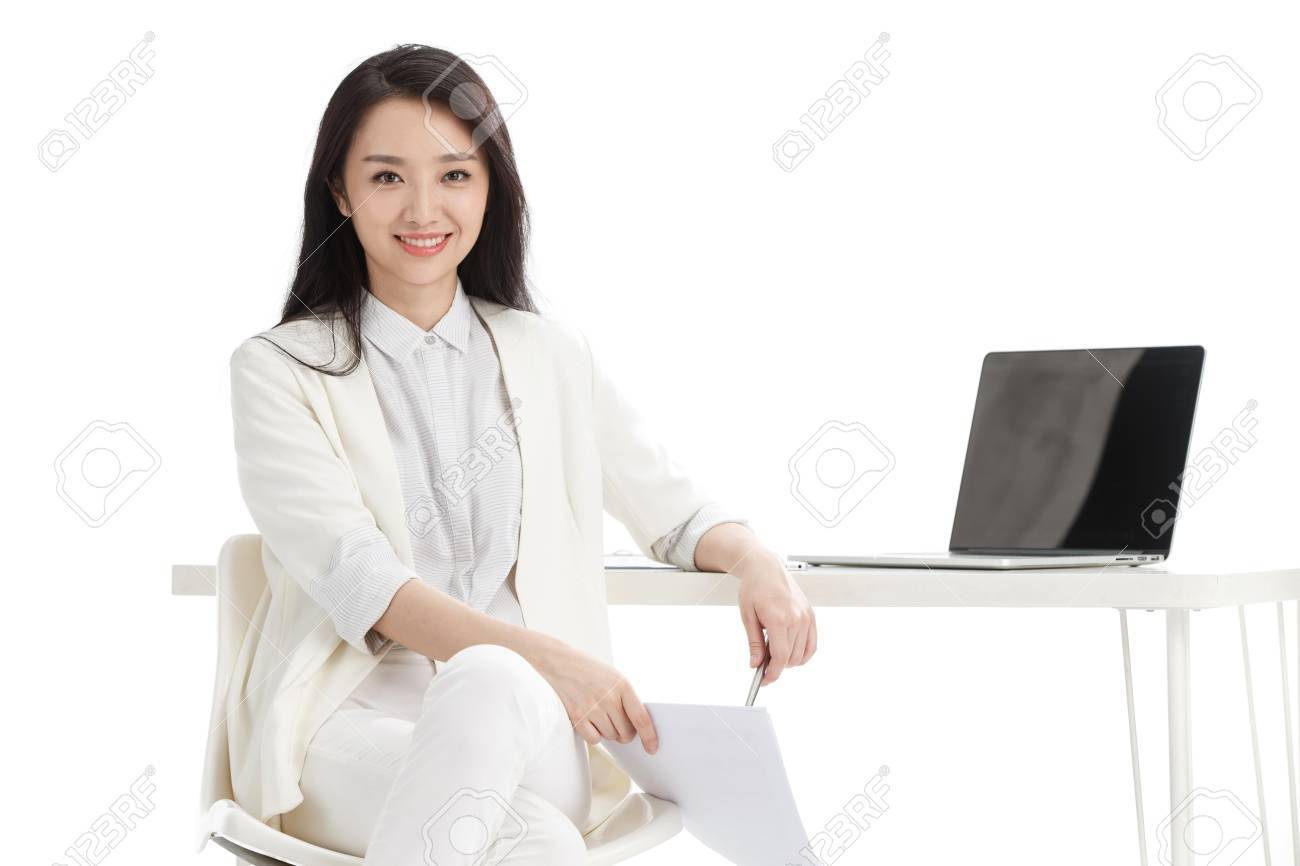 Young women in business - 57212339