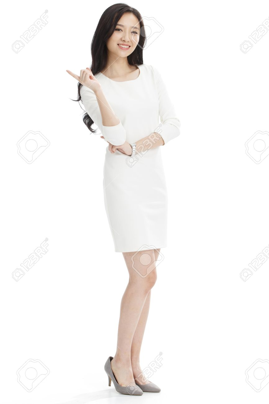 Young business woman - 57211147