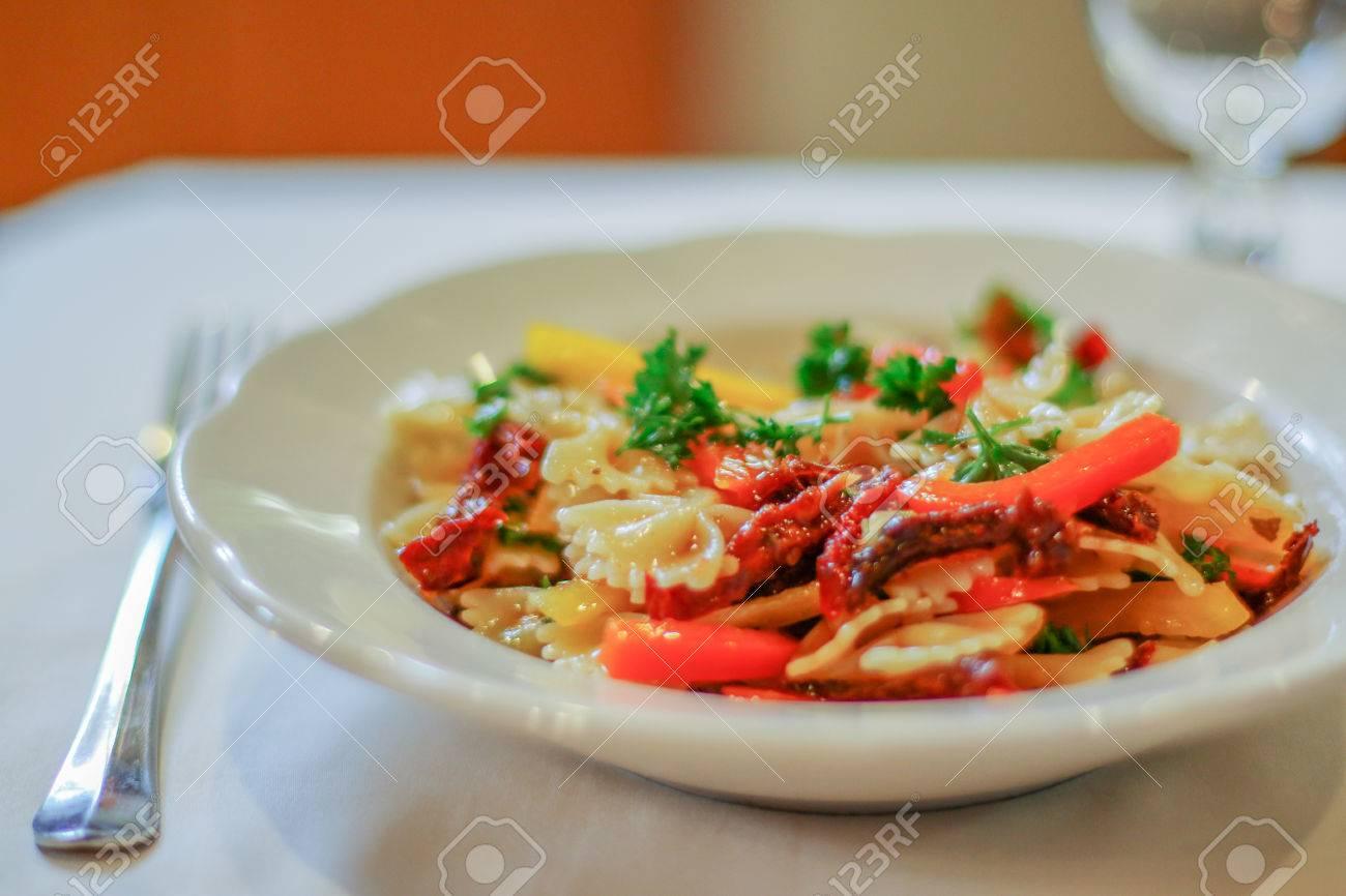 Summer pasta salad - 38164260