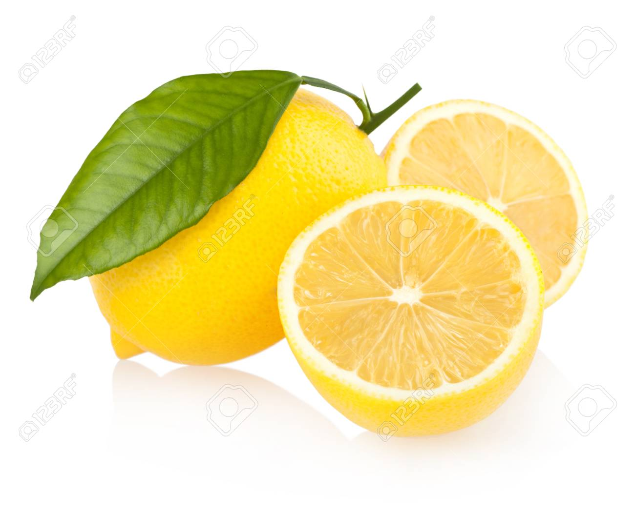 ripe lemons Stock Photo - 13013942