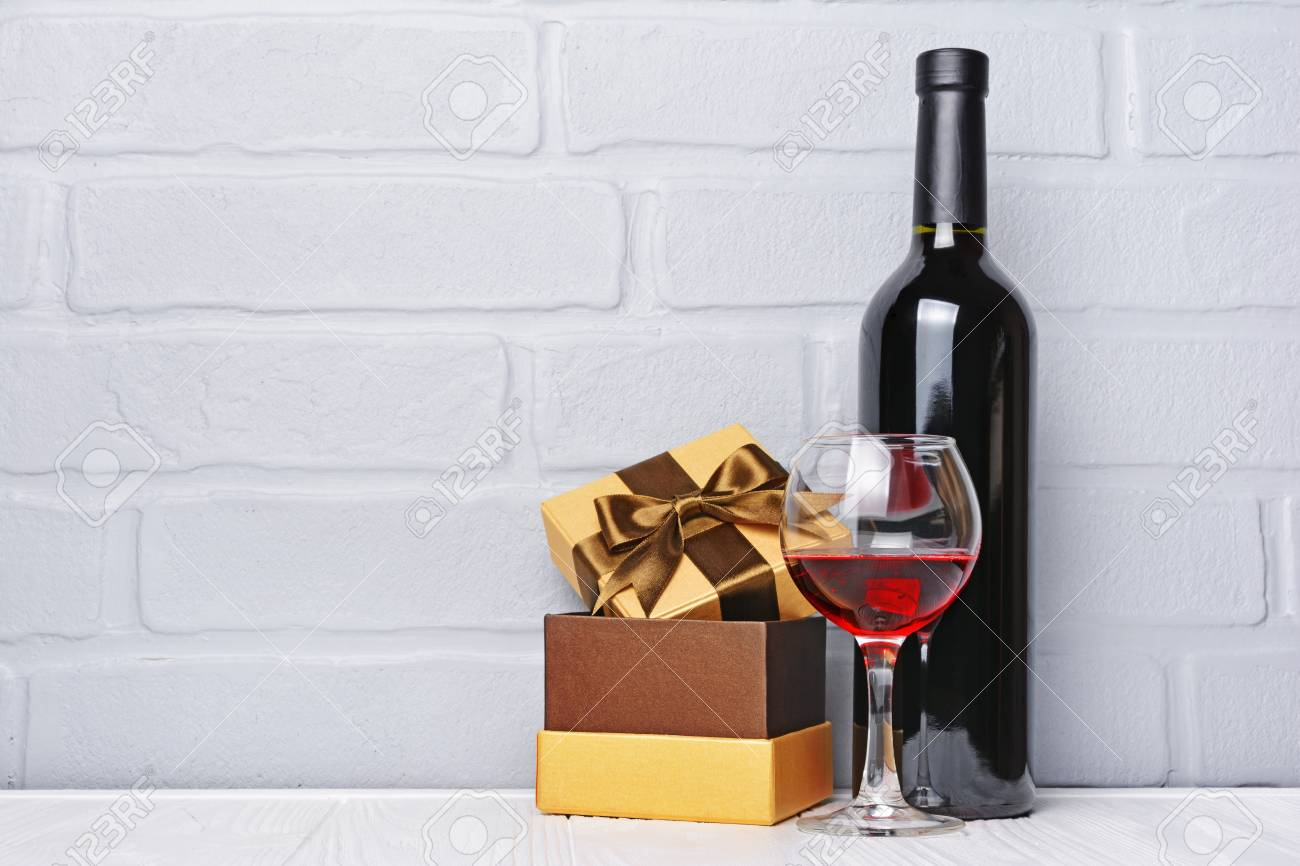 Red Wine Bottle Glass For Tasting And Gift Box For Romantic