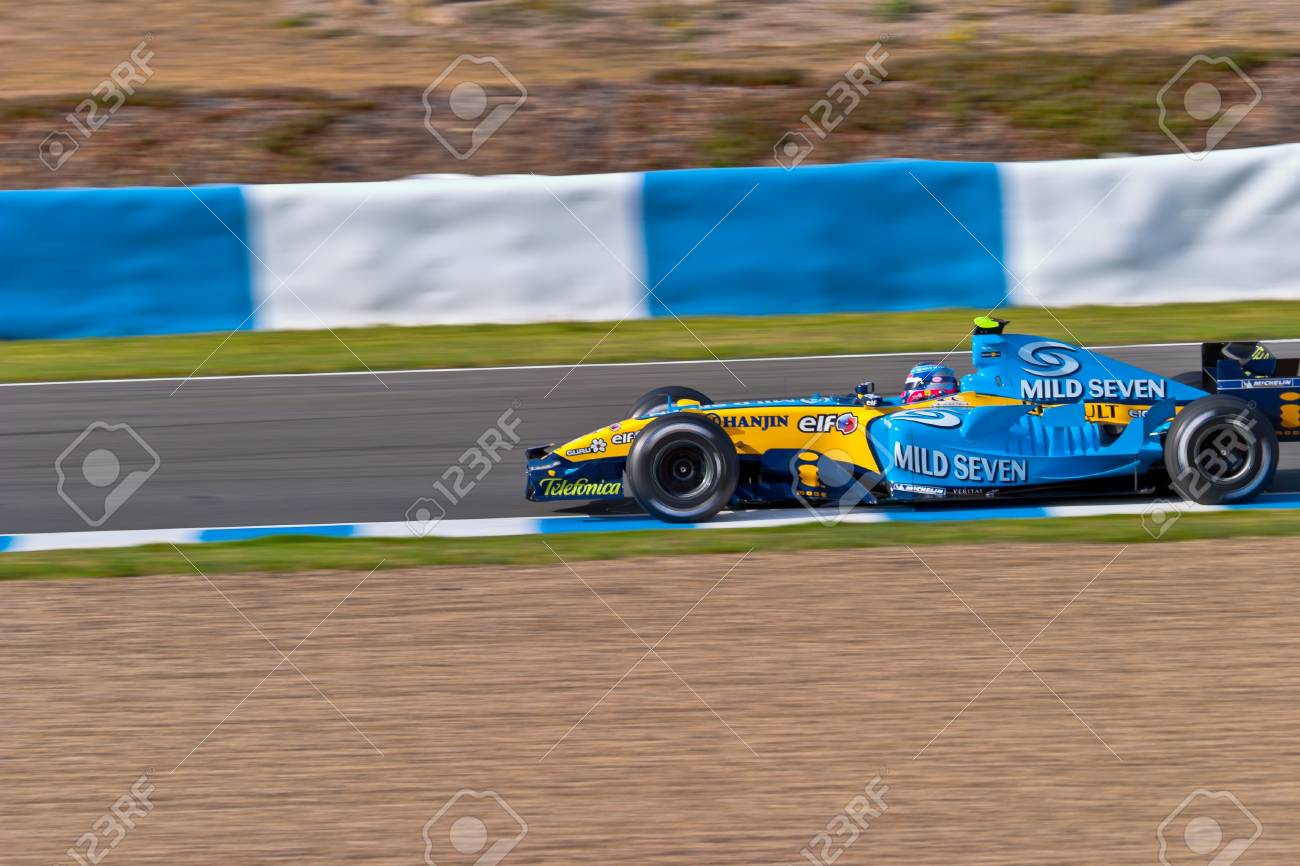JEREZ DE LA FRONTERA, SPAIN - JUN 22: Franck Montagny of Renault F1 races on training session on  June 22 , 2005, in Jerez de la Frontera , Spain Stock Photo - 11817134