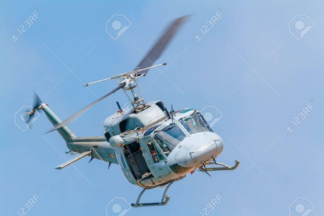 Elicottero 212 : Elicottero di evacuazione medica da trasporto