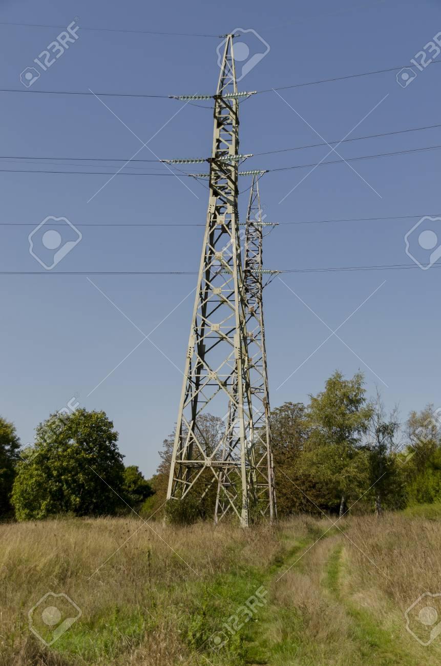 電気送電線、ラズグラト州、ブル...