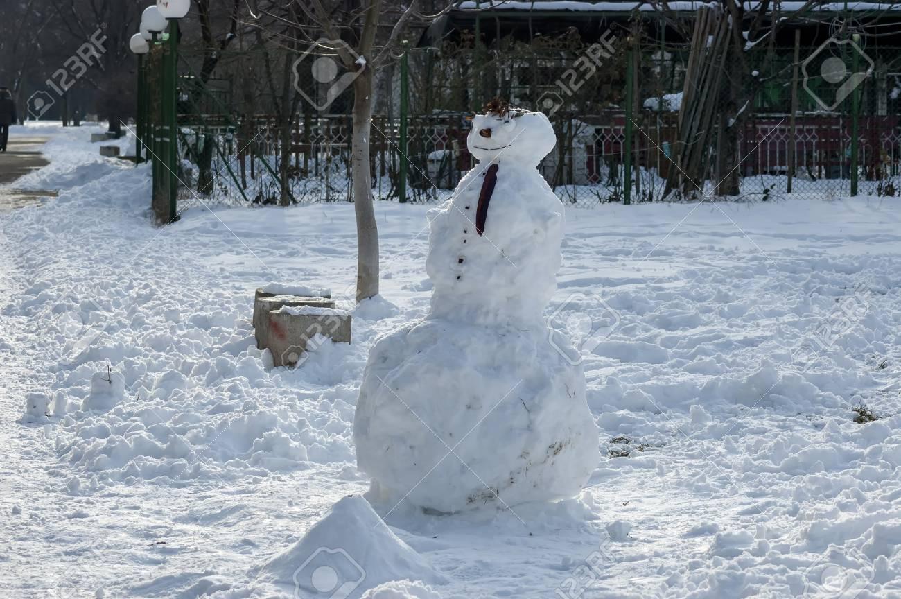 Schneemann Im Südpark, Sofia, Bulgarien, Europa Lizenzfreie Fotos ...
