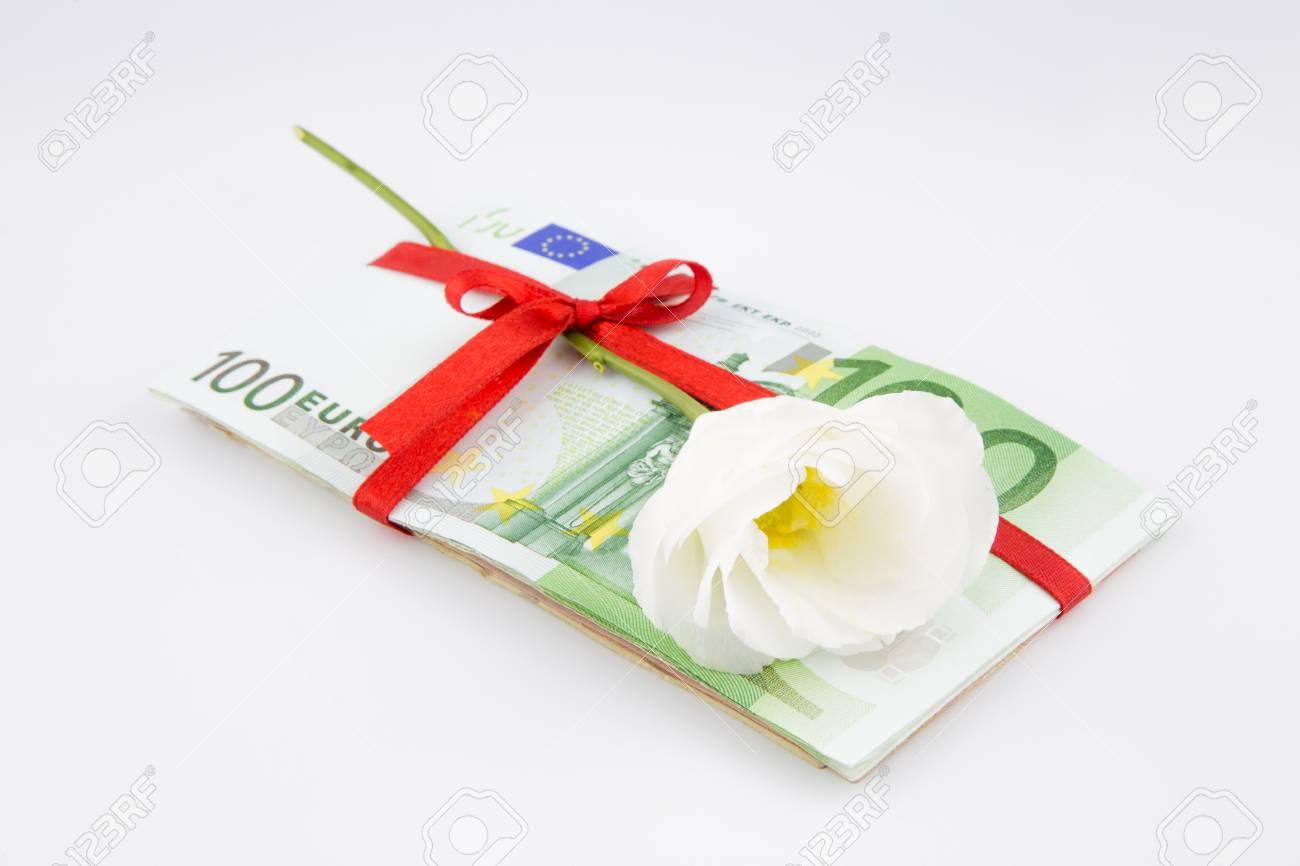 Geldgeschenk Mit Blumen Für Die Feier Eurozone Währung Lizenzfreie