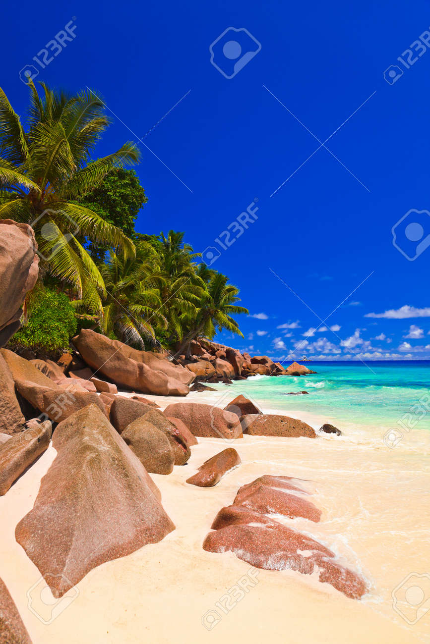 Tropical beach at Seychelles - vacation background Stock Photo - 9351191