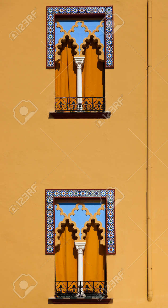Old windows in Arabian style at Cordoba Spain - architecture background Stock Photo - 16425717