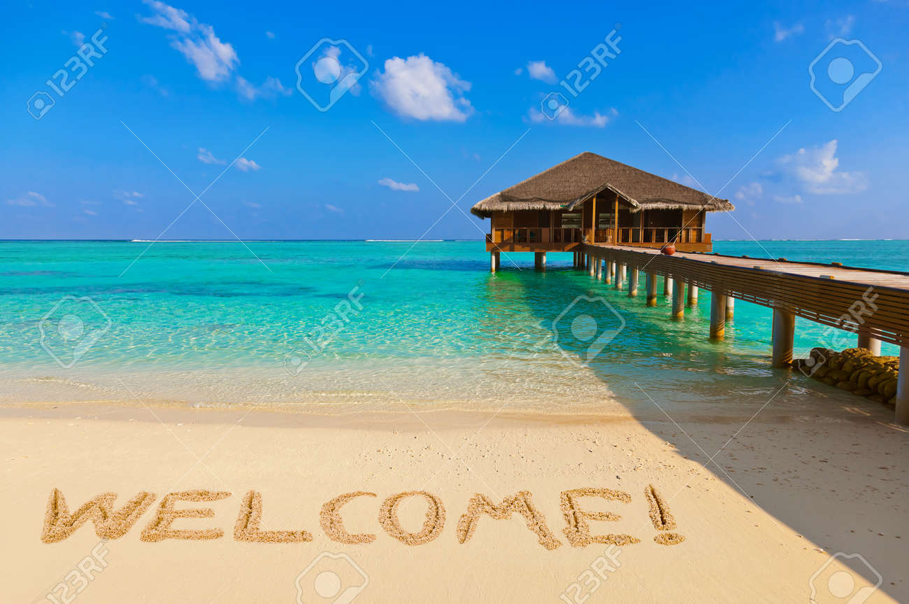 Word Welcome on beach - nature holiday background - 46641837