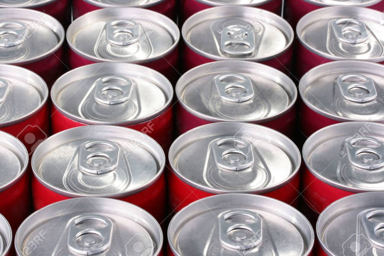 The closed banks from a tin for the aerated drinks: beer, water, juice and alcohol. Stock Photo - 6260273