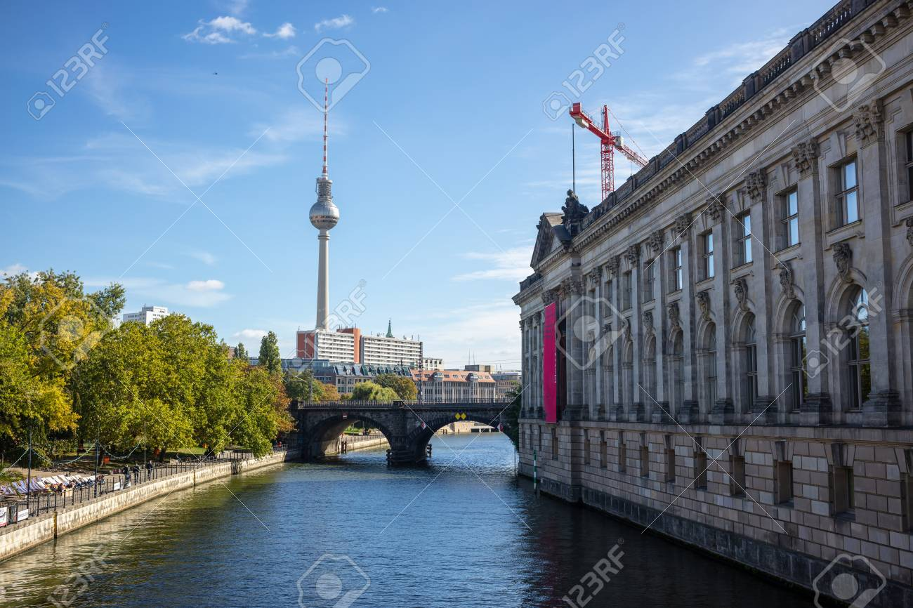 Altes museum, on Museum Island, Berlin, Germany  Sun pierces