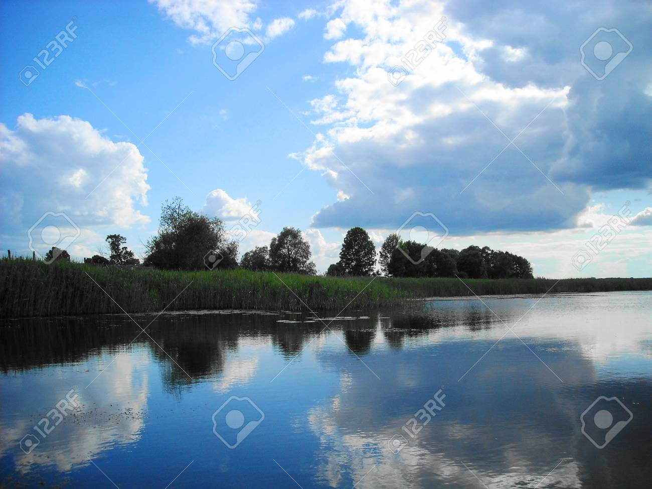Lake with cloudy in Summer Stock Photo - 15734560