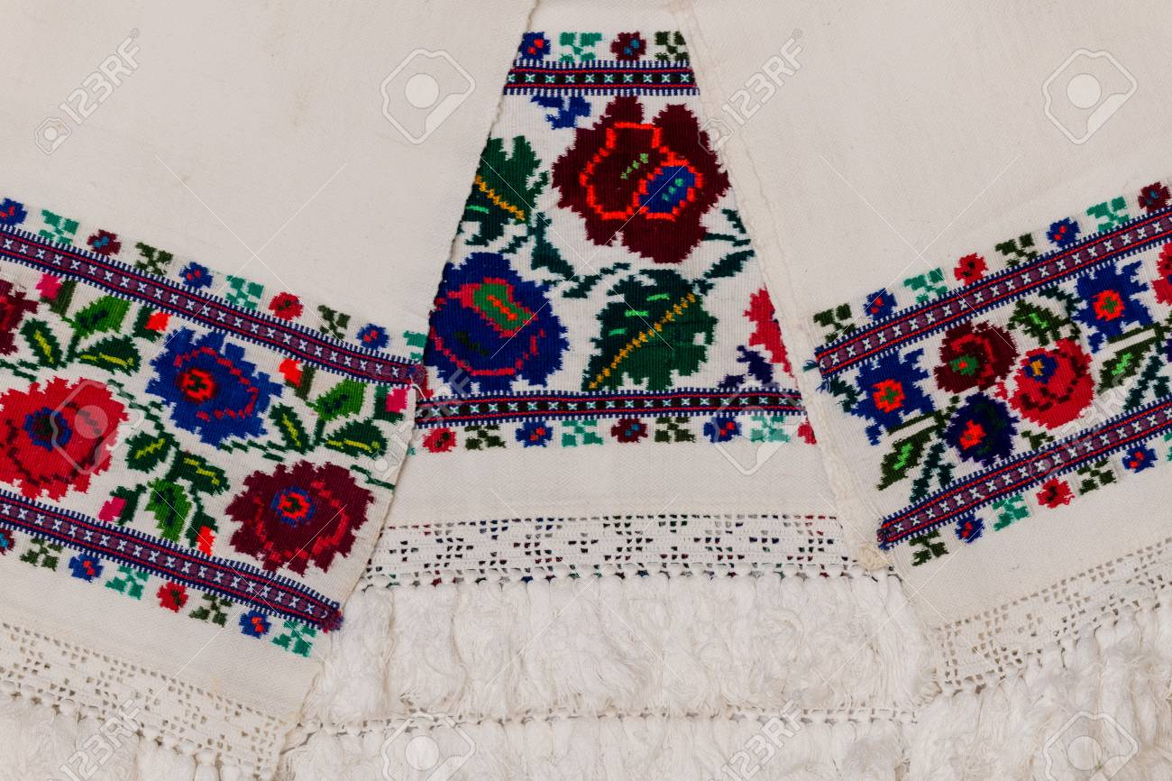 Closeup of Eastern European embroidery design with floral motifs found on towels and clothing. - 111609048